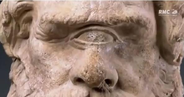 VIDEO :OVNI 2016 - Ancient alien theory - l'extraterrestre a un oeil - documentaire en français - Journal Pour ou Contre